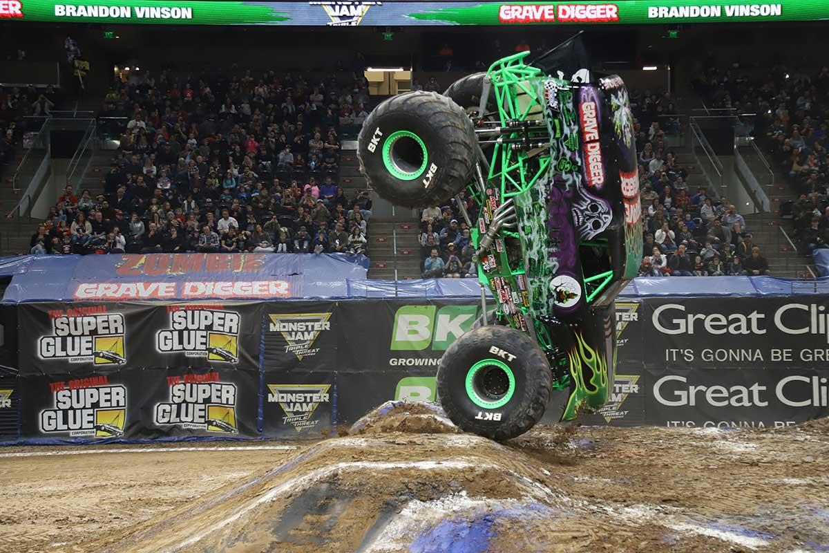 Lead Changes In Championship Tour Standings Monster Jam
