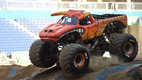El Toro Loco - Photo by Michael Gottschalk