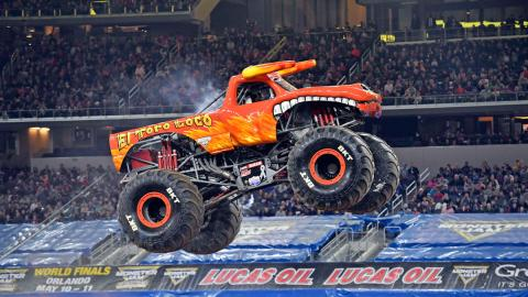 El Toro Loco - Photo by Kenny Lau