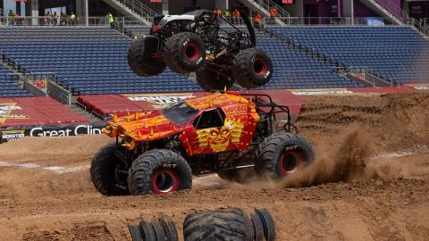 Max-D Fire - Photo by John Igras