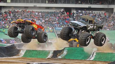 Racing Action - Photo by Dustin Parks
