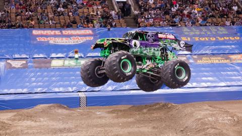 Grave Digger - Photo by Vic Turczynski