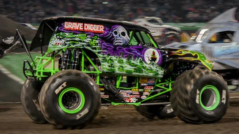 Grave Digger - Photo by Susan Woolley 123EventPhotography.com