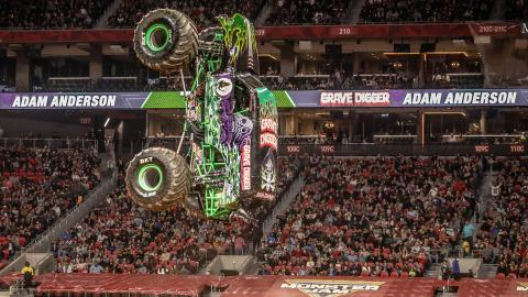 Grave Digger - Photos by Jen Bay