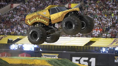 EarthShaker Monster Jam Truck